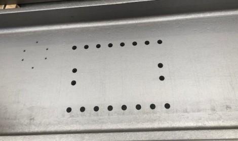 Vigas granalladas e imprimadas