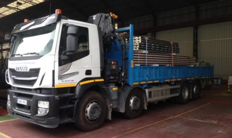 Servicio de reparto con camion grua